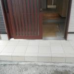 「玄関タイル汚れ落ちない!」ゴシゴシしない解決方法はコレです。